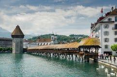 Ponte da capela ou Kapellbrucke - passadiço de madeira coberto em Luc Fotografia de Stock