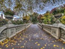 Ponte da curva, Central Park, New York Cit fotos de stock royalty free