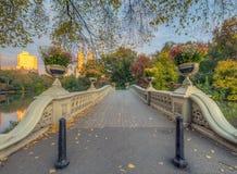 Ponte da curva, Central Park, New York Cit imagem de stock