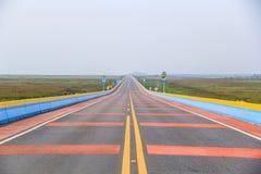 A ponte da estrada a mais longa em Tailândia, Chaloem Phra Kiat Raod Imagem de Stock Royalty Free