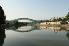 Ponte da paz em Tbilisi, Geórgia Foto de Stock