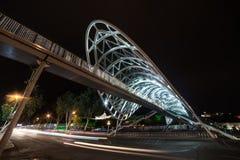 A ponte da paz, Tbilisi, Geórgia fotos de stock royalty free