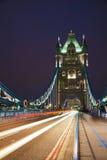 Ponte da torre em Londres, Grâ Bretanha Imagens de Stock