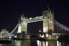 Ponte da torre na noite Imagens de Stock Royalty Free