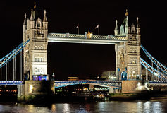 Ponte da torre na noite Imagem de Stock