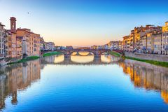 Ponte da trindade do St em Florença Foto de Stock