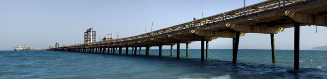 Ponte da tubulação de petróleo Fotos de Stock Royalty Free