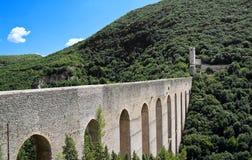 Ponte das torres. Spoleto. Úmbria. fotografia de stock royalty free