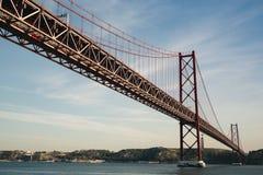 ponte de 2ö abril em Lisboa Fotografia de Stock Royalty Free