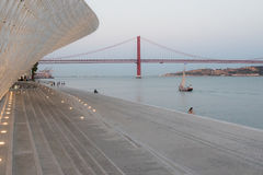 Ponte 25 DE Abril Stock Foto's