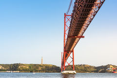 Ponte 25 DE Abril Bridge Famous Architectural Sight Lissabon Portu Stock Afbeeldingen