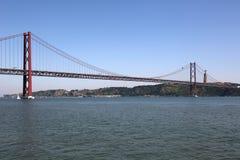 Ponte 25 DE abril in Lissabon Portugal Stock Foto's