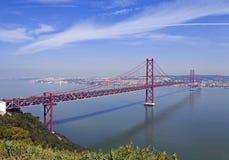 Ponte 25 De Abril Przerzucający most w Lisbon, Portugalia Obrazy Stock