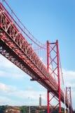 Ponte 25 De Abril zawieszenia most przez rzekę Tagus w Li Obrazy Royalty Free