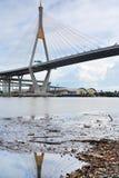 Ponte de Bhumibol em Tailândia Imagens de Stock