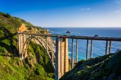 Ponte de Bixby - Sur grande - Califórnia imagem de stock royalty free