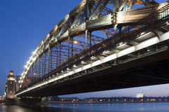 Ponte de Bolsheohtinskiy. St-Petersburgo fotos de stock royalty free