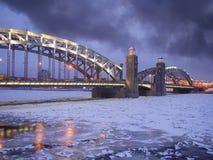 Ponte de Bolsheokhtinsky em St Petersburg. Fotografia de Stock