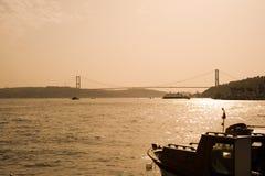 Ponte de Bosporus Istambul, Turquia Fotos de Stock Royalty Free