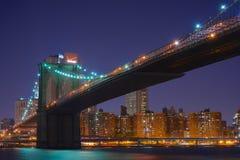 Ponte de Brooklyn, noite Imagens de Stock