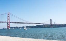 Ponte 25 de brug Lissabon van DE Abril Royalty-vrije Stock Foto