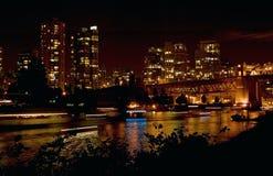 Ponte de Burrard, Vancôver na noite BB080568 Imagem de Stock