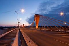 Ponte de cabo na noite foto de stock