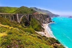 Ponte de Califórnia Bixby em Big Sur Monterey County na rota 1 Imagem de Stock Royalty Free