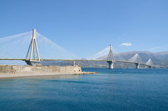 Ponte de Charilaos Trikoupis imagem de stock