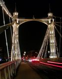 Ponte de Chelsea na noite Foto de Stock Royalty Free
