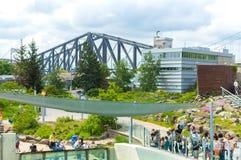 A ponte de Cidade de Quebec e o aquário estacionam em Cidade de Quebec, Canadá fotografia de stock