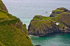 Ponte de corda de Irlanda do Norte Carrick-a-Rede Fotos de Stock Royalty Free