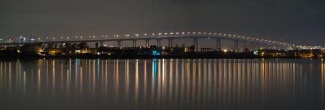 Ponte de Coronado na noite Fotografia de Stock