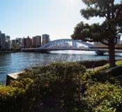 Ponte de Eitai sobre o rio de Sumida no Tóquio Japão fotos de stock
