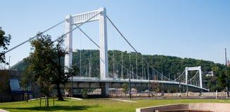 A ponte de Elisabeth em Budapest, Hungria Imagem de Stock