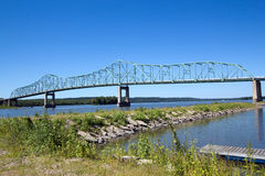 Ponte de fardo contínua Foto de Stock