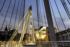 Ponte de Hungerford, versão de HDR Fotografia de Stock Royalty Free