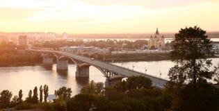 Ponte de Kanavino através do rio Oka Fotografia de Stock Royalty Free