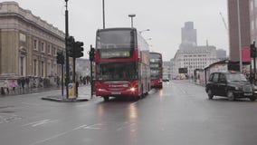 Ponte de Londres no inverno vídeos de arquivo