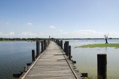 Ponte de madeira grande Fotografia de Stock Royalty Free