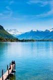 Ponte de madeira no castelo de Chillon, lago Genebra, Montreux, Switzerl fotos de stock