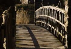 Ponte de madeira pequena imagens de stock