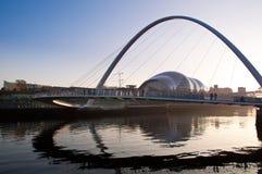 A ponte de Millenuim, Newcastle em cima de Tyne, Inglaterra. Imagem de Stock Royalty Free