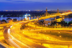 Ponte de Nonthaburi imagem de stock