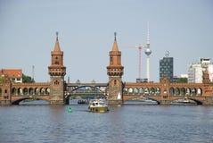 Ponte de Oberbaum, Berlim fotos de stock royalty free