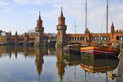 Ponte de Oberbaum em Berlim Foto de Stock