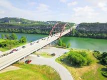 Ponte de Pennybacker da vista aérea ou 360 ponte em Austin, Texas, U Foto de Stock Royalty Free