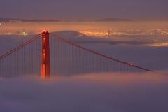 Ponte de porta dourada de San Francisco na névoa Foto de Stock Royalty Free