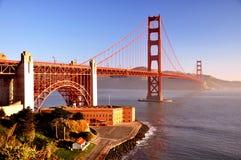 Ponte de porta dourada em San Francisco Imagens de Stock Royalty Free