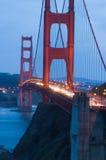 Ponte de porta dourada no crepúsculo Fotografia de Stock Royalty Free